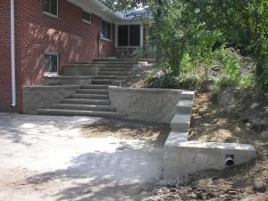 PRECAST BLOCK STEPS