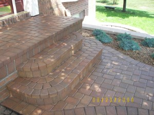 BRICK PAVER STEP AND PORCH, ROUND CORNERS