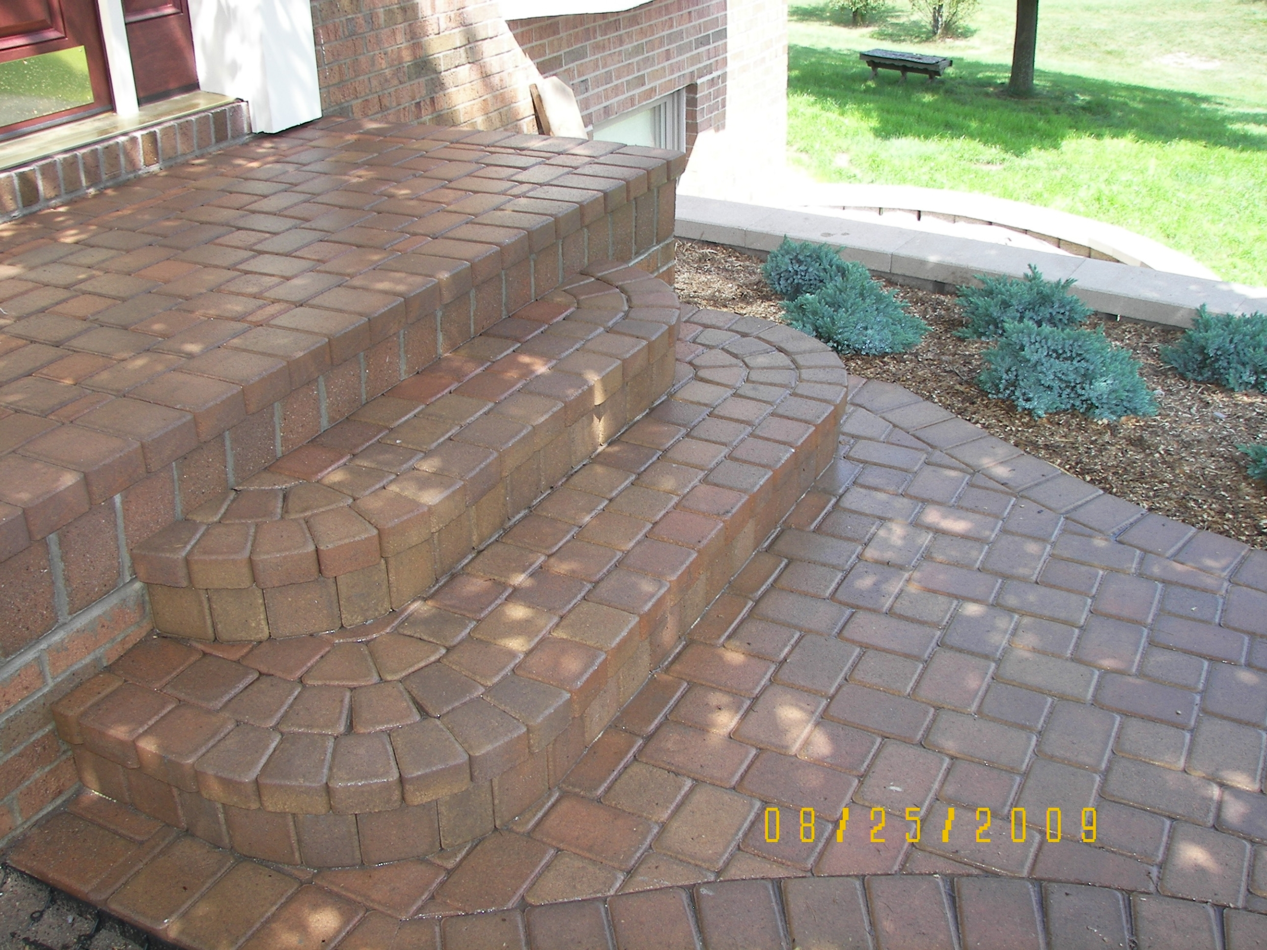 How to build steps with pavers - Brick Paver Step And Porch Round Corners